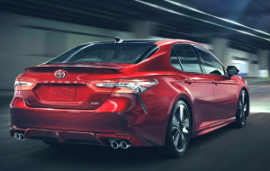 Toyota Camry 2020 Red Images
