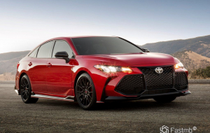 Toyota Camry 2020 Red Pictures