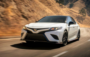Toyota Camry 2020 White 4K Wallpapers
