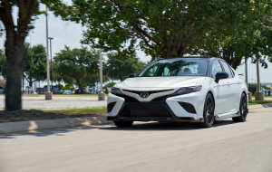 Toyota Camry 2020 White High Resolution
