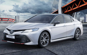 Toyota Camry 2020 White Wallpapers HD