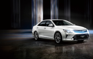Toyota Camry 2020 White Wallpapers For IPhone