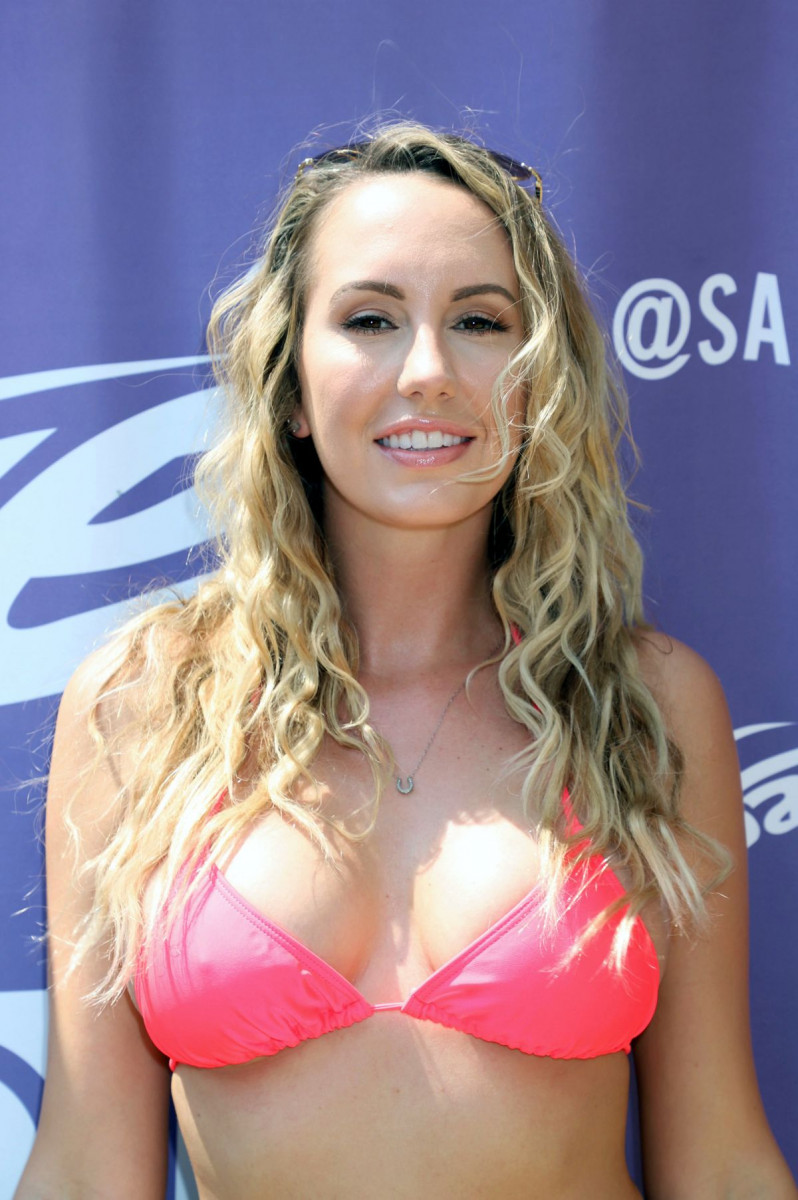 Brett Rossi Wallpapers For Android