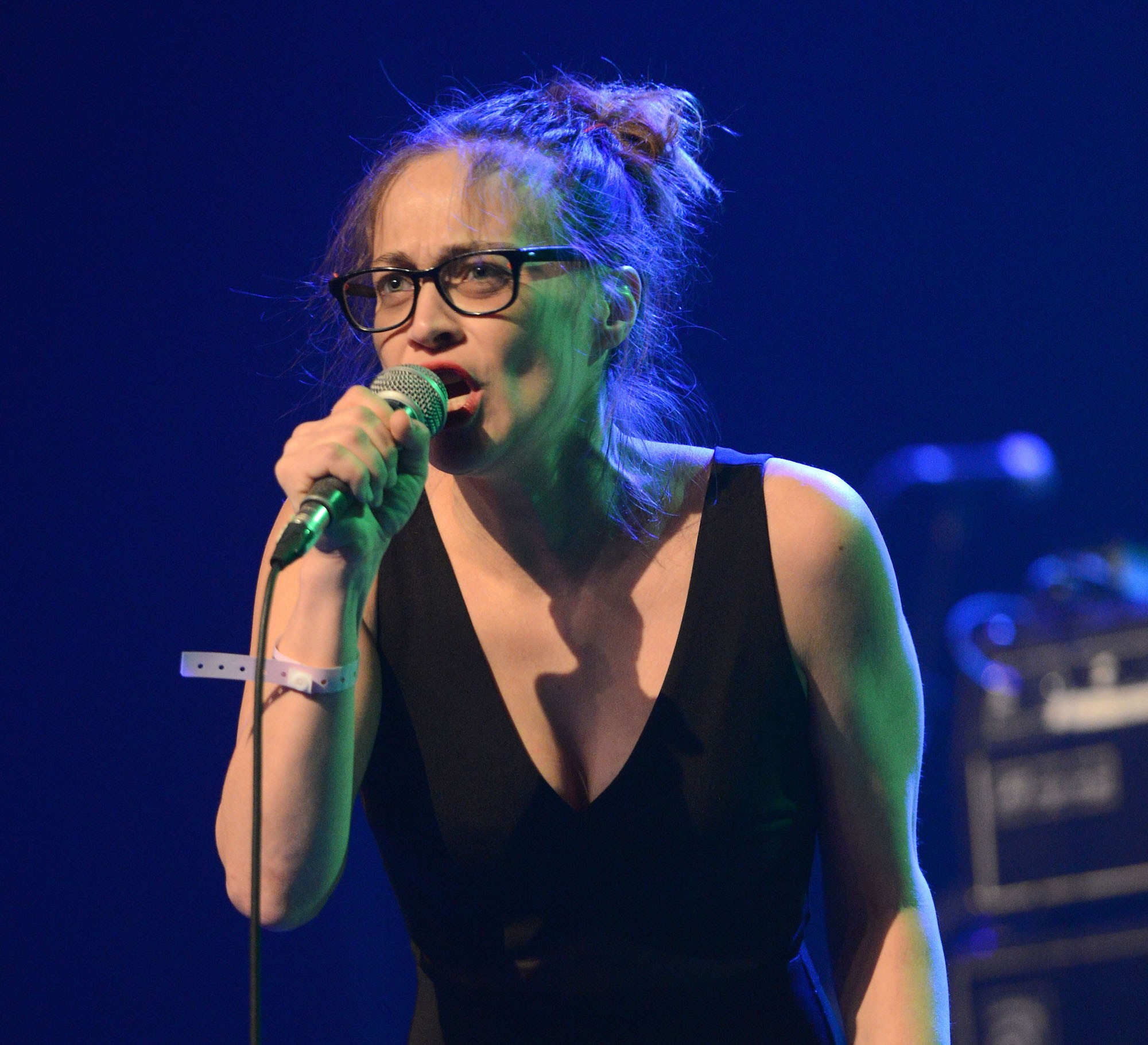 Fiona Apple Wallpapers For IPhone