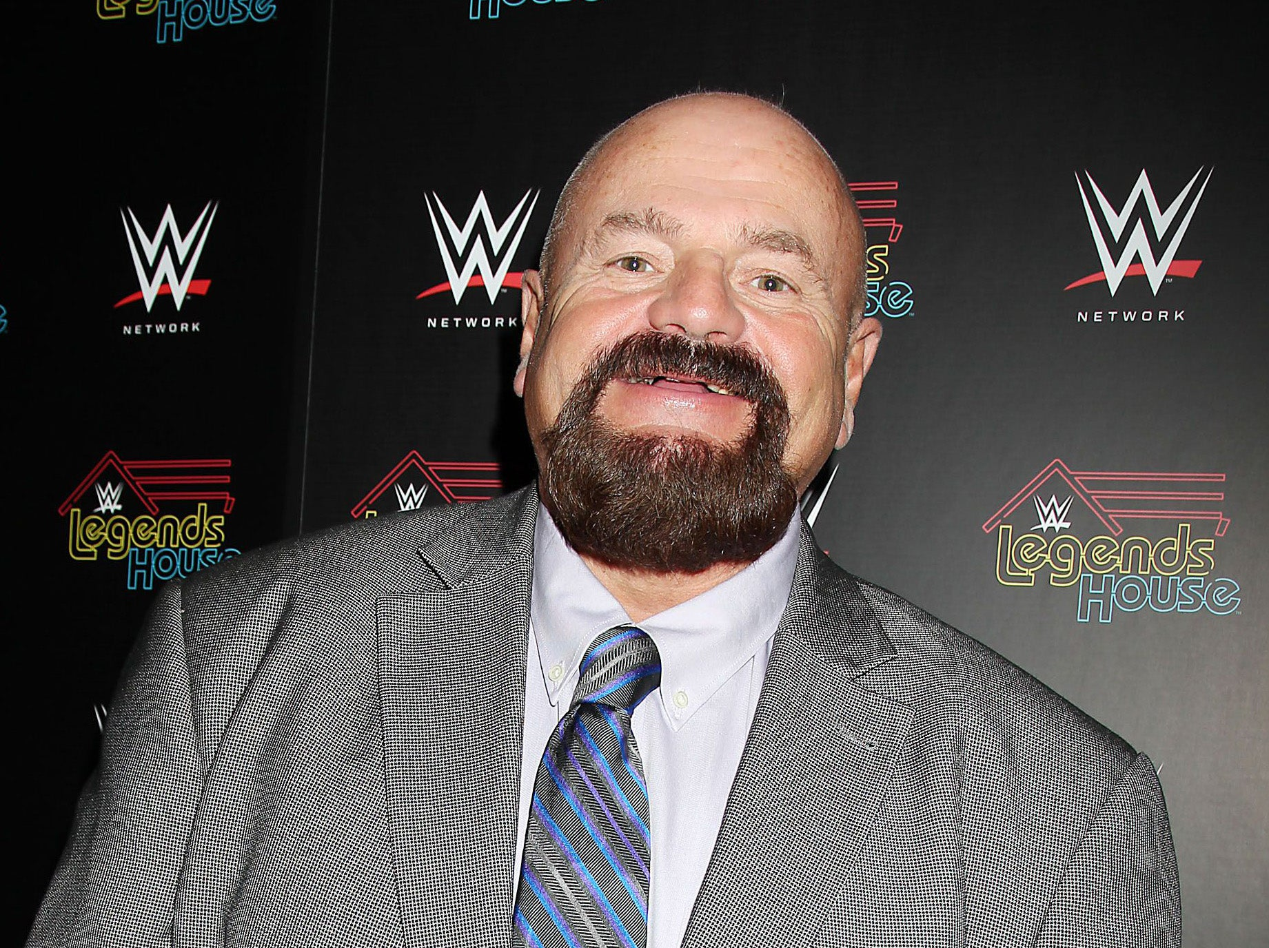 Howard Finkel High Resolution