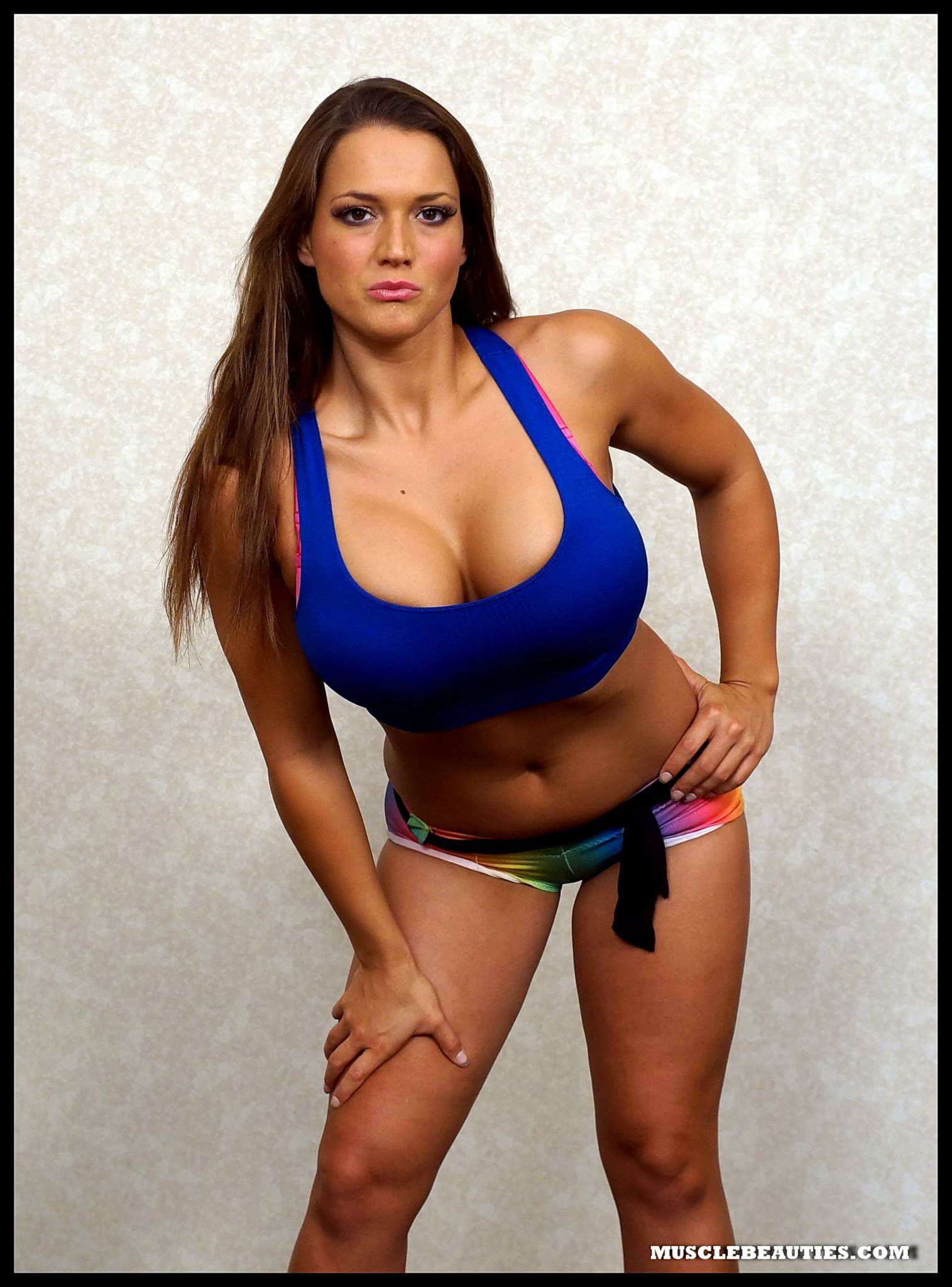 Kelly Klein High Resolution