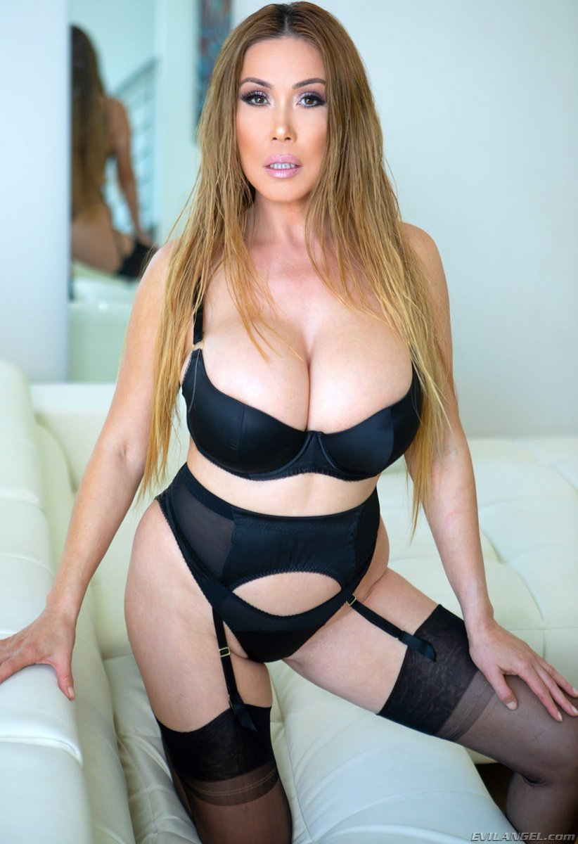 Kianna Dior Widescreen
