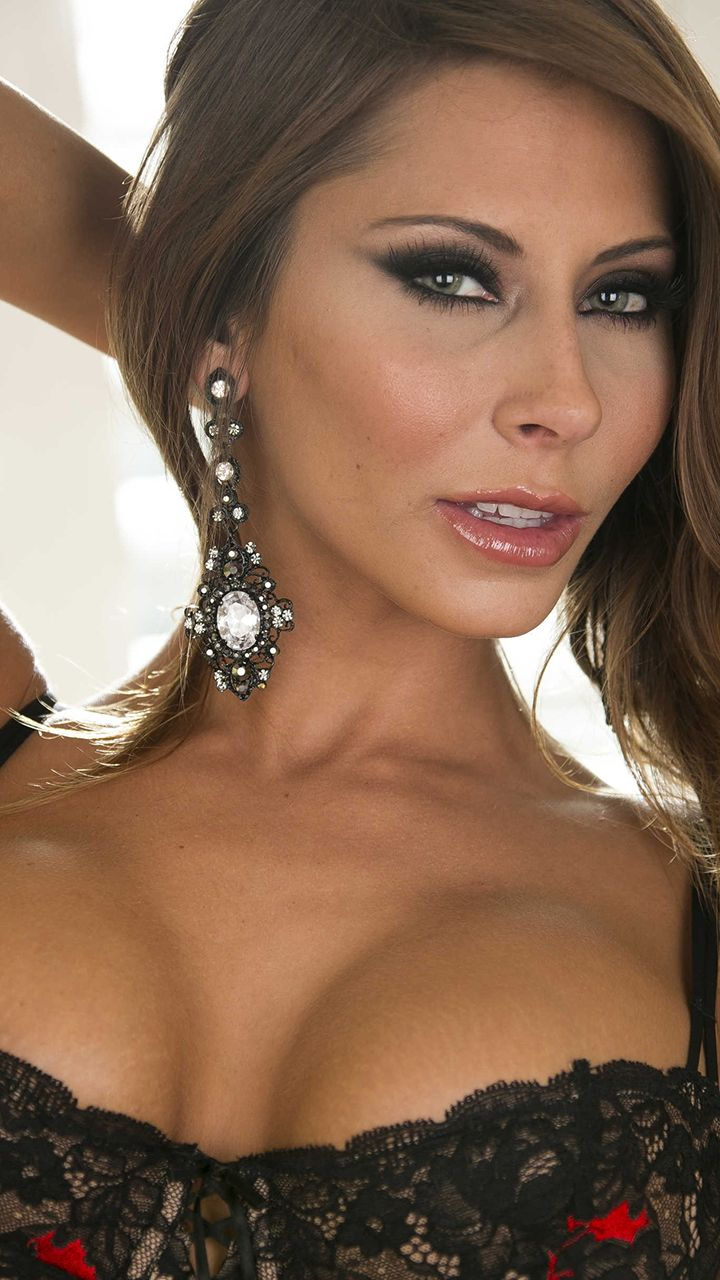 Madison Ivy Wallpapers Pack