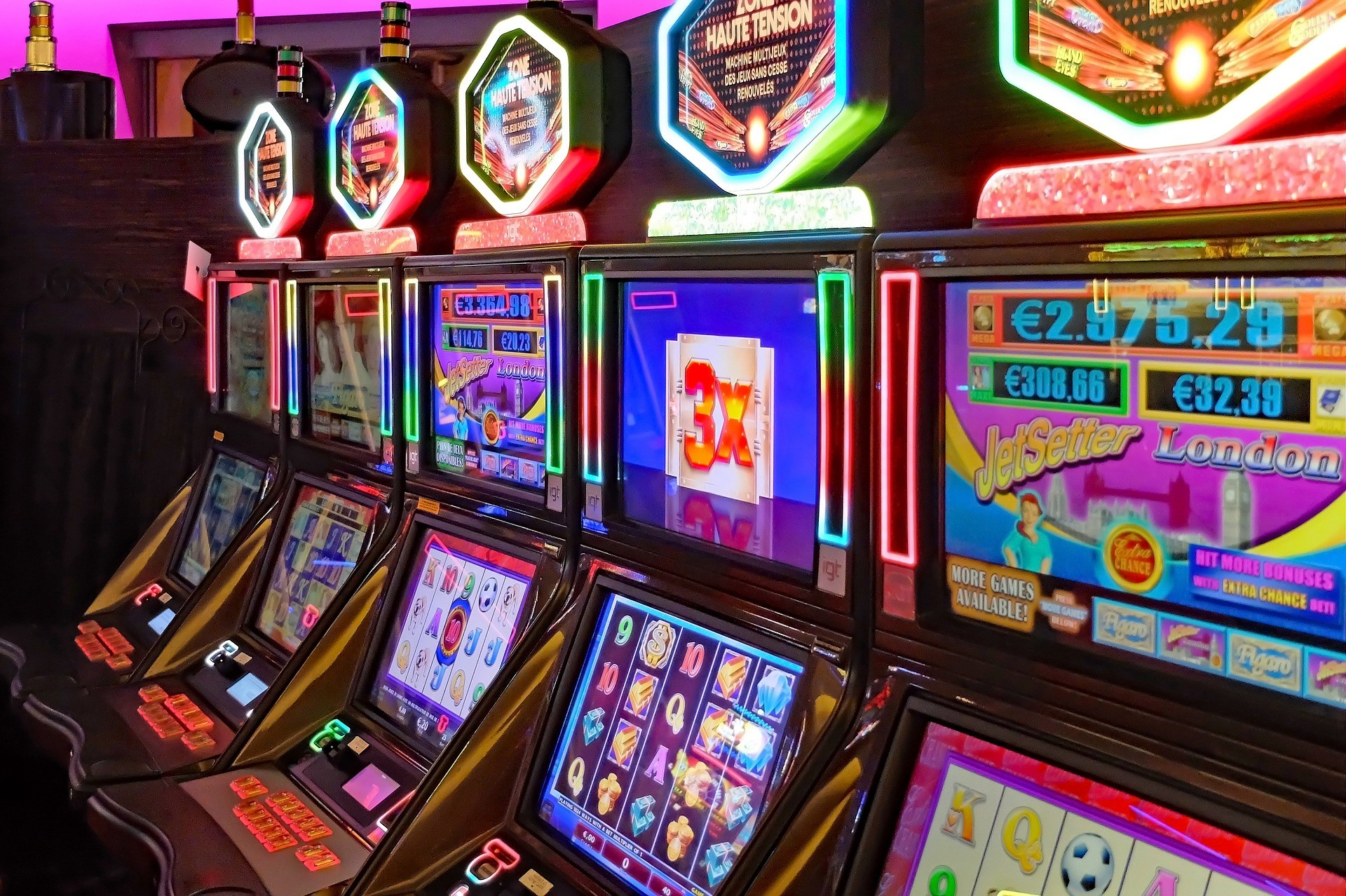 How to Choose The Right Slot Machine that Will Improve Your Winning Chances